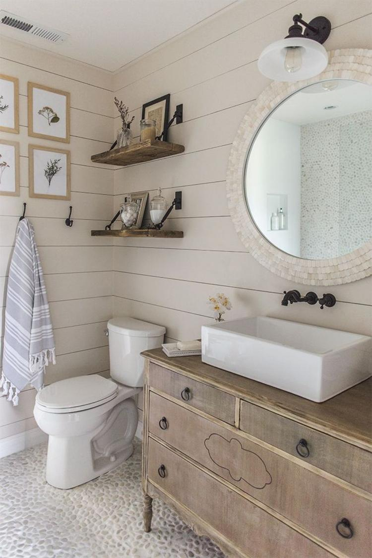 30 Top Rustic Farmhouse Bathroom Ideas