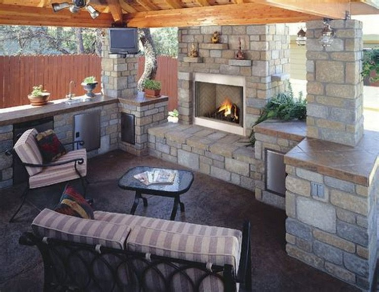 18 Amazing Outdoor Kitchen Designs With Fireplace Ideas